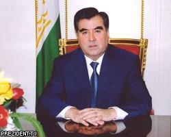 Встреча лидеров РФ и Таджикистана в Сочи: Россия укрепляет свое военное присутствие в Таджикистане»