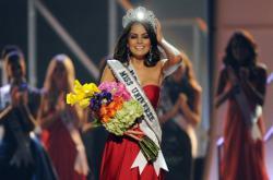 Колумбийка Паулина Вега признана «Мисс Вселенной 2014»