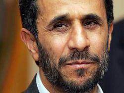 Шутки Ахмадинежада в парламенте вызвали гнев
