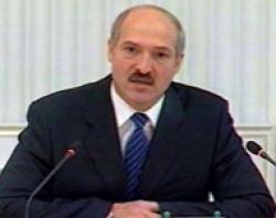 Лукашенко поздравил Путина на фоне «холодной войны» с Медведевым