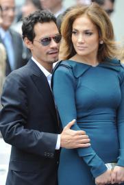Дженнифер Лопес развелась с Марком Энтони после трехлетнего разрыва