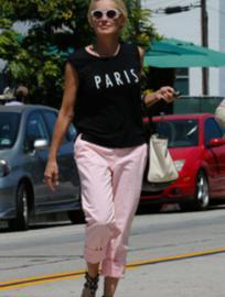 Шерон Стоун стесняется выходить на пляж
