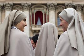 Монахини на три дня застряли в лифте