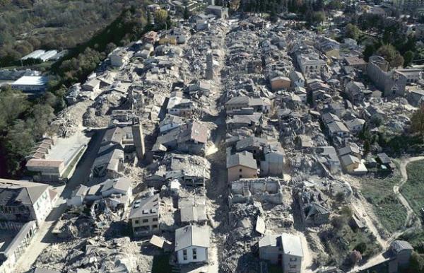 Еще одно сильное землетрясение в Италии: 100 тысяч остались без крова
