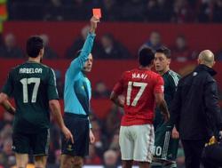 Турецкий арбитр удалил игрока «Манчестер Юнайтед», чем помог «Реалу». ВИДЕО