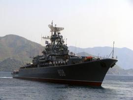 Опасное сближение российского и британского военных кораблей