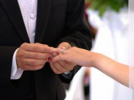 Американская пара поженилась на похоронах