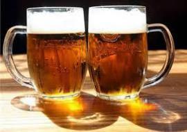 В Канаде намерены обеспечить пивом полицейского, спасшего парламентариев от исламиста