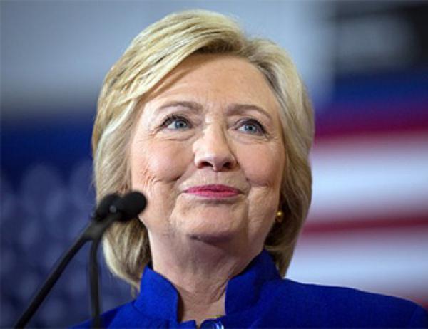 Слухи о разводе четы Клинтон оказались преувеличены