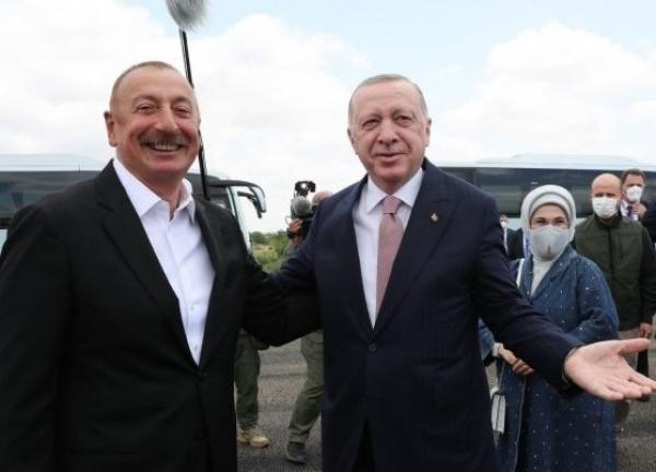 Военный союз Баку и Анкары: визит Эрдогана в Шуша меняет геополитику региона.
