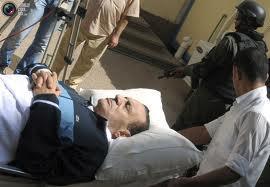 В Каире после приговора Мурси начались беспорядки