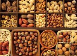 Ученые: употребление орехов снижает риск смерти от ряда заболеваний